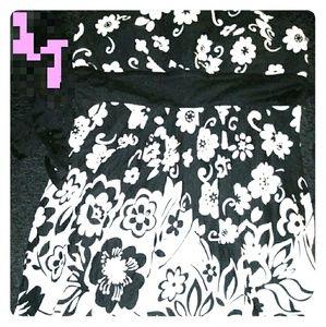 519f5a4a0f86c Dresses & Skirts - Black & White halter-top top dress